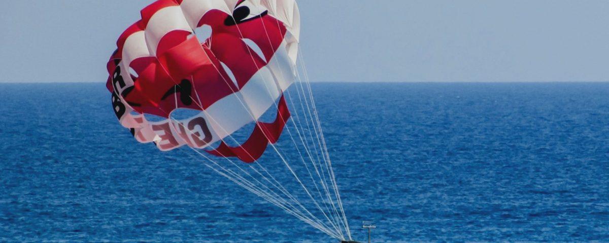 parasailing 1