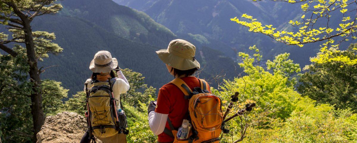 Girls-go-hiking
