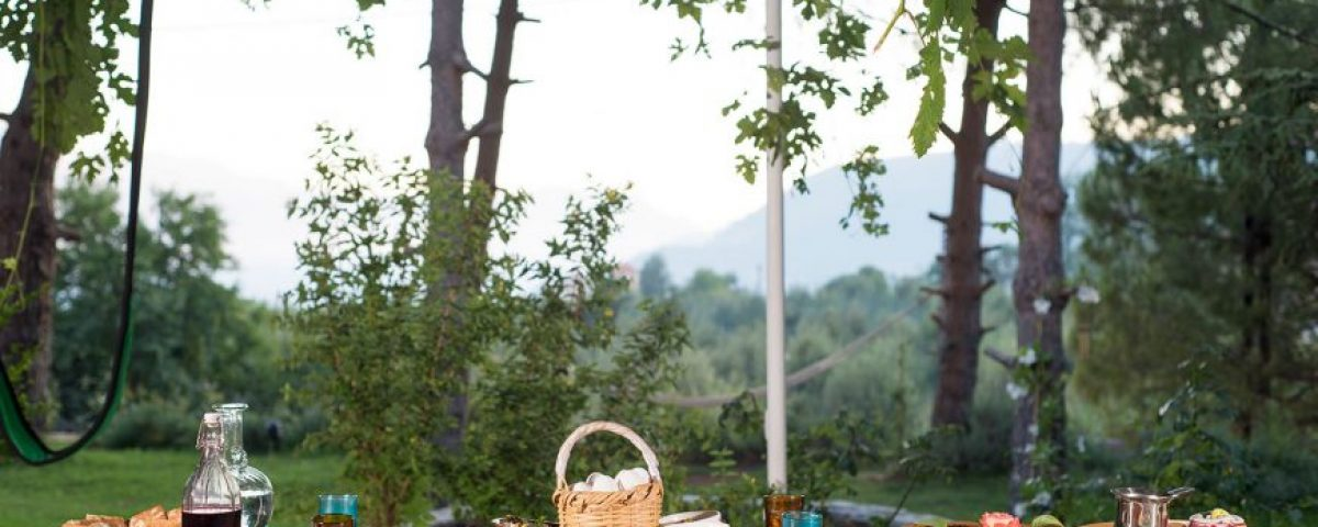 guita-bed-bloom-Banquet-870x555